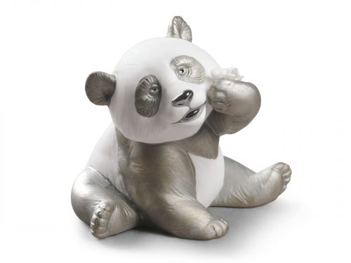 Lladro A Happy Panda (Re-Deco) 01009092