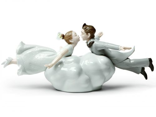 Lladro Porcelain Love Is In The Air 01009366