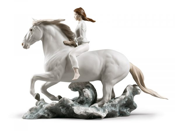 Lladro Porcelain Riding Her Horse On The Seashore 01009371