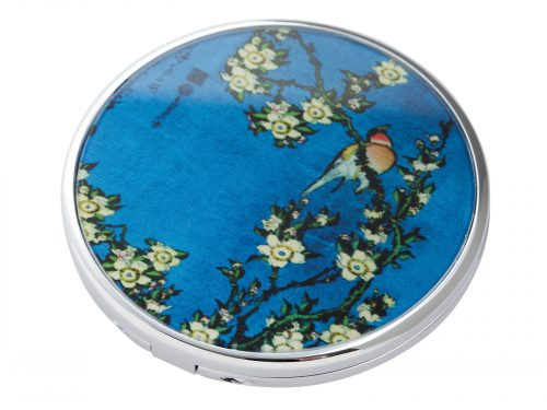 "This beautifully crafted pocket mirror by John Beswick comes with a stunning extract from Katsushika Hokusai's ""Birds and Flowers"" Painting. Hokusai was a Japanese artist born in 1760 and has created other famous paintings including ""The great Wave off of Kanagawa"". Size: Diameter: 7 cm - 3"". By John Beswick. Product Code: M20HO(S)"