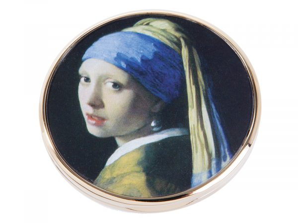 "This beautifully crafted pocket mirror by John Beswick comes with a stunning extract from Johannes Vermeer?s ?The Girl with the Pearl Earring?. Painted in 1665 and kept in the Hague since 1902, it was voted by the public in 2006 as the most beautiful painting in the Netherlands. Size: Diameter: 7 cm - 3"" By John Beswick Product Code: M28VE(G)"