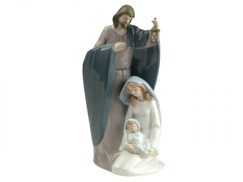 This is a beautiful scene of Joseph holding a lantern over his wife Mary, while she cradles their new born, Jesus. This is wonderful Nao piece is a must have for any one creating or adding to a nativity scene this Christmas. Size: 25 x 12 cm by Nao Product Code: 02001621