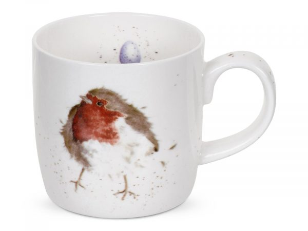 This Robin Mug is stunning, with its vibrant reds and intricate detail, this makes for a gorgeous illustration, a perfect Mug for Christmas. Size: 0.31L - 11fl.oz. By: Wrendale. Product Code: MMLK5629-XT.