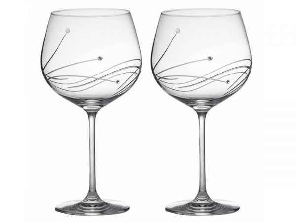These Stunning Diamante Copa Gin Glasses created by Royal Scot Crystal come with a beautiful pattern anddazzling Swarovski Stones. The perfect glass to drink your favourite Gin in style. Size: 780ml By: Royal Scot Crystal Product Code:DSB2GIN