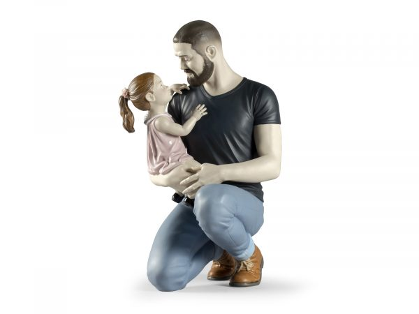 Lladro In Daddy's Arms