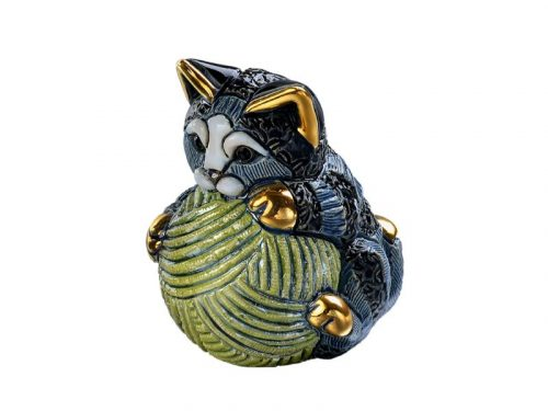 De Rosa Striped Kitten with Yarn