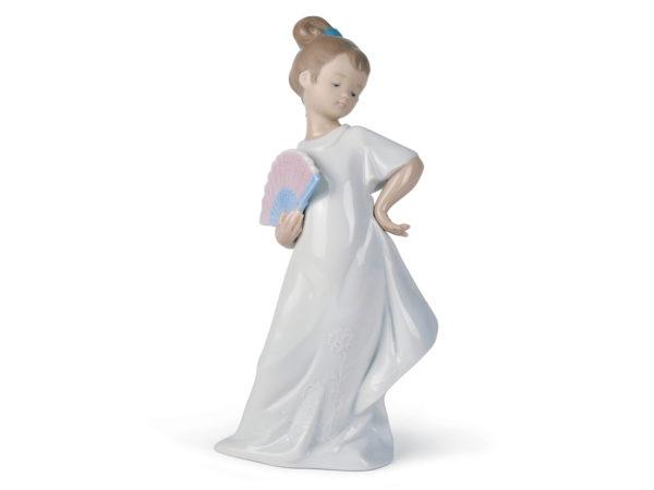 Nao I am so Pretty porcelain figurine