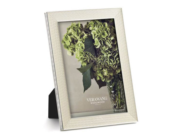 Vera Wang Wedgwood With Love Pearl Photo Frame 4 x 6