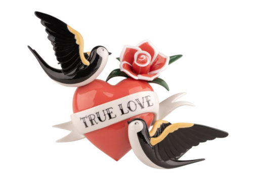 Lladro porcelain figurine / wall decoration of the classic true love tattoo