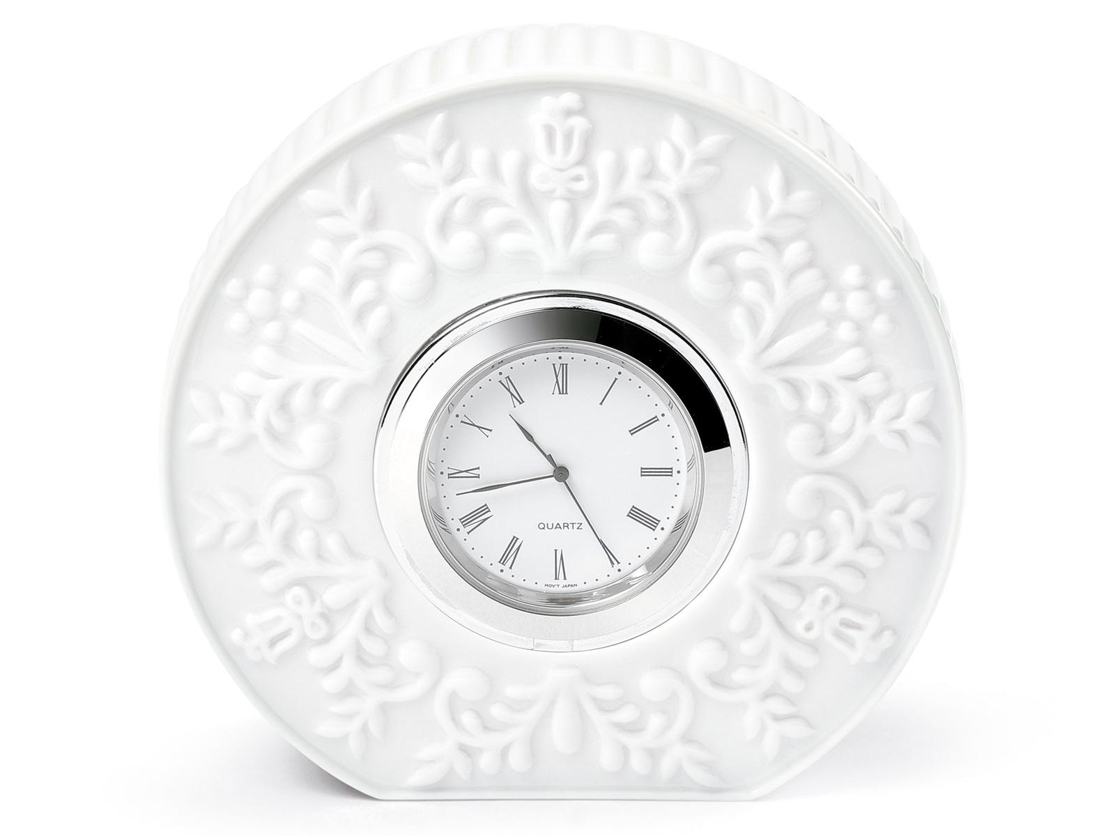 Porcelain / China Clock